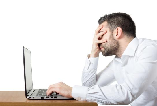 annoyed_computer_user_iStock